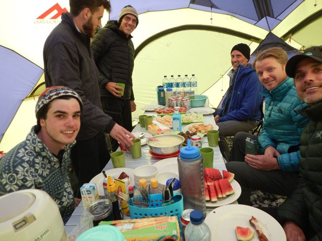 we provide best meals during carstensz expedition